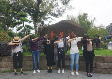 美女们在上海