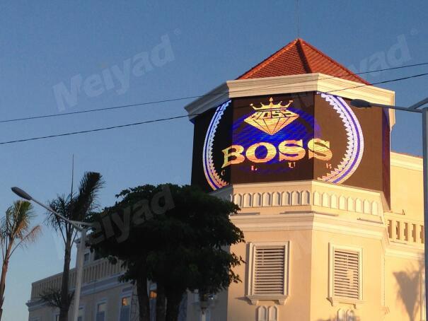 柬埔寨金边俱乐部P10户外广告LED显示屏47㎡