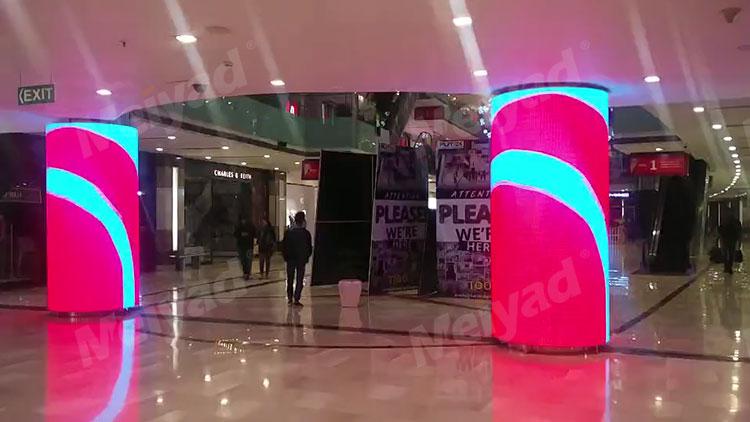 美亚迪LED柔性屏亮相印度某商场