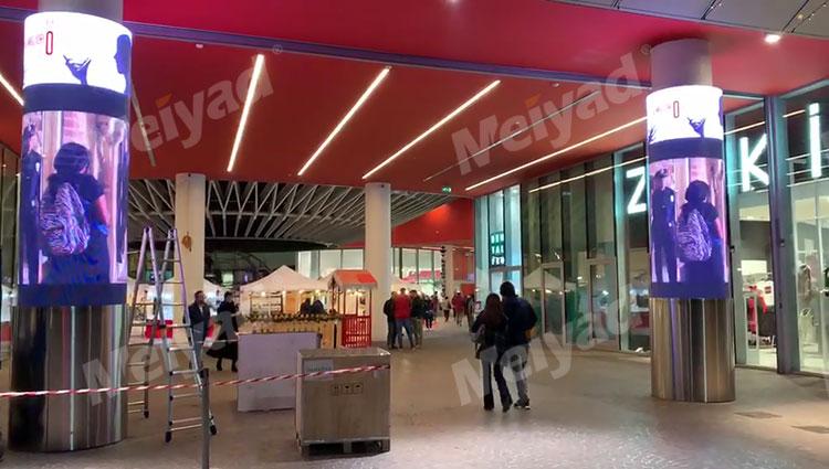美亚迪室内P5 LED圆柱屏应用于意大利某商场