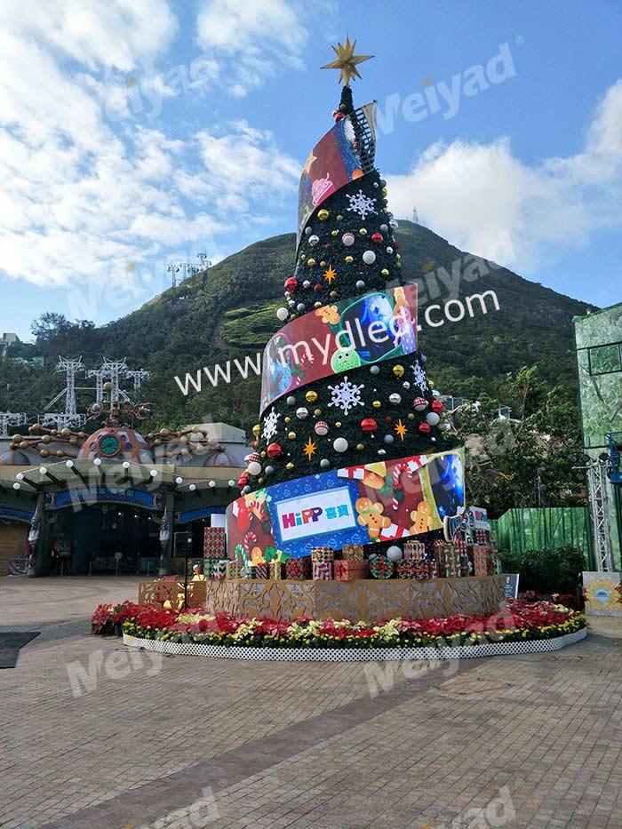 P4户外LED柔性屏圣诞树应用于香港海洋公园