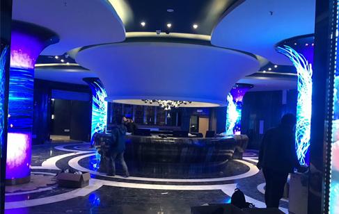 影响酒吧LED柔性屏价格的因素