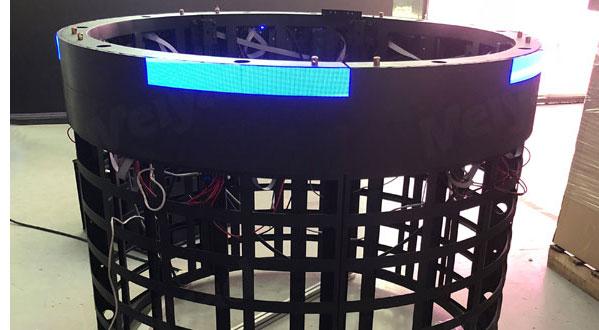 软模组采用强磁吸附式安装,直接吸附