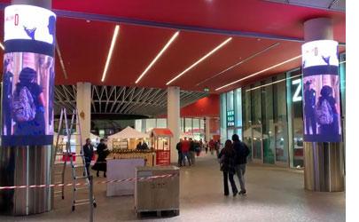 意大利商场P5 LED圆柱屏